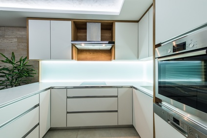 biała kuchnia w akrylu