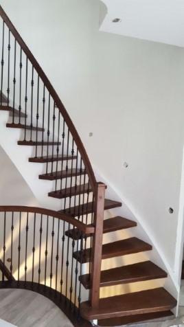 schody 7 samonośn