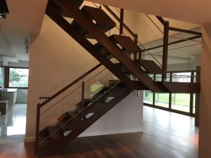 schody 9 samonośne